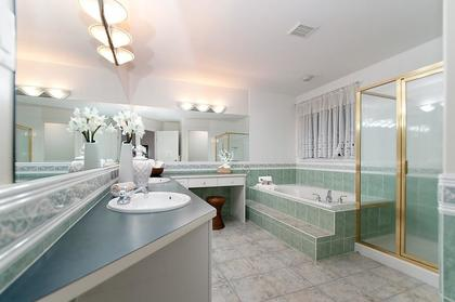 Master Bathroom at 1702 Sugarpine Court, Westwood Plateau, Coquitlam