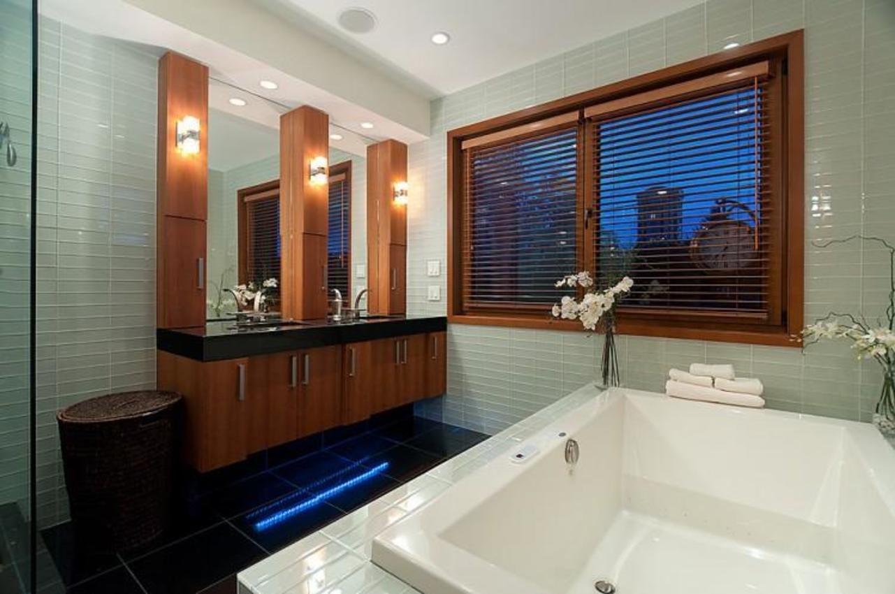 Master Bathroom at 937 23rd Street, Dundarave, West Vancouver