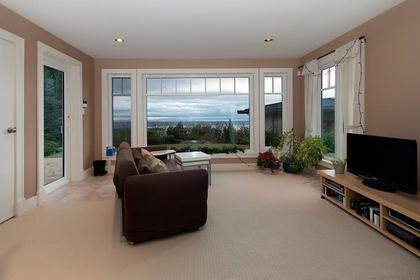 Basement Suite at 2698 Finch Hill, Canterbury WV, West Vancouver