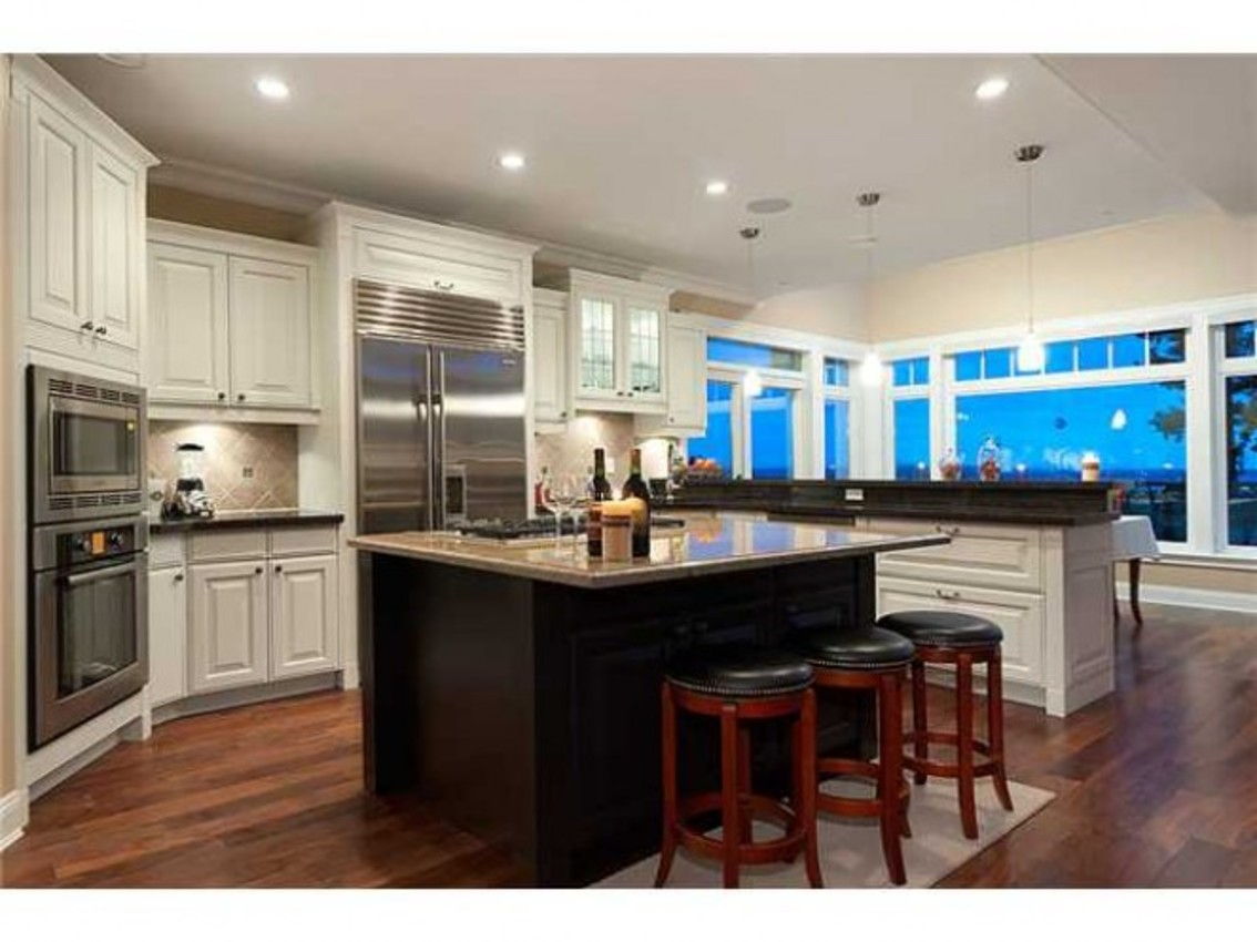 Kitchen at 760 Eyremount Drive, British Properties, West Vancouver