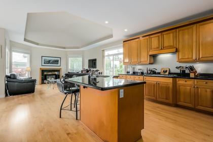 Kitchen at 4759 Headland Drive, Caulfeild, West Vancouver