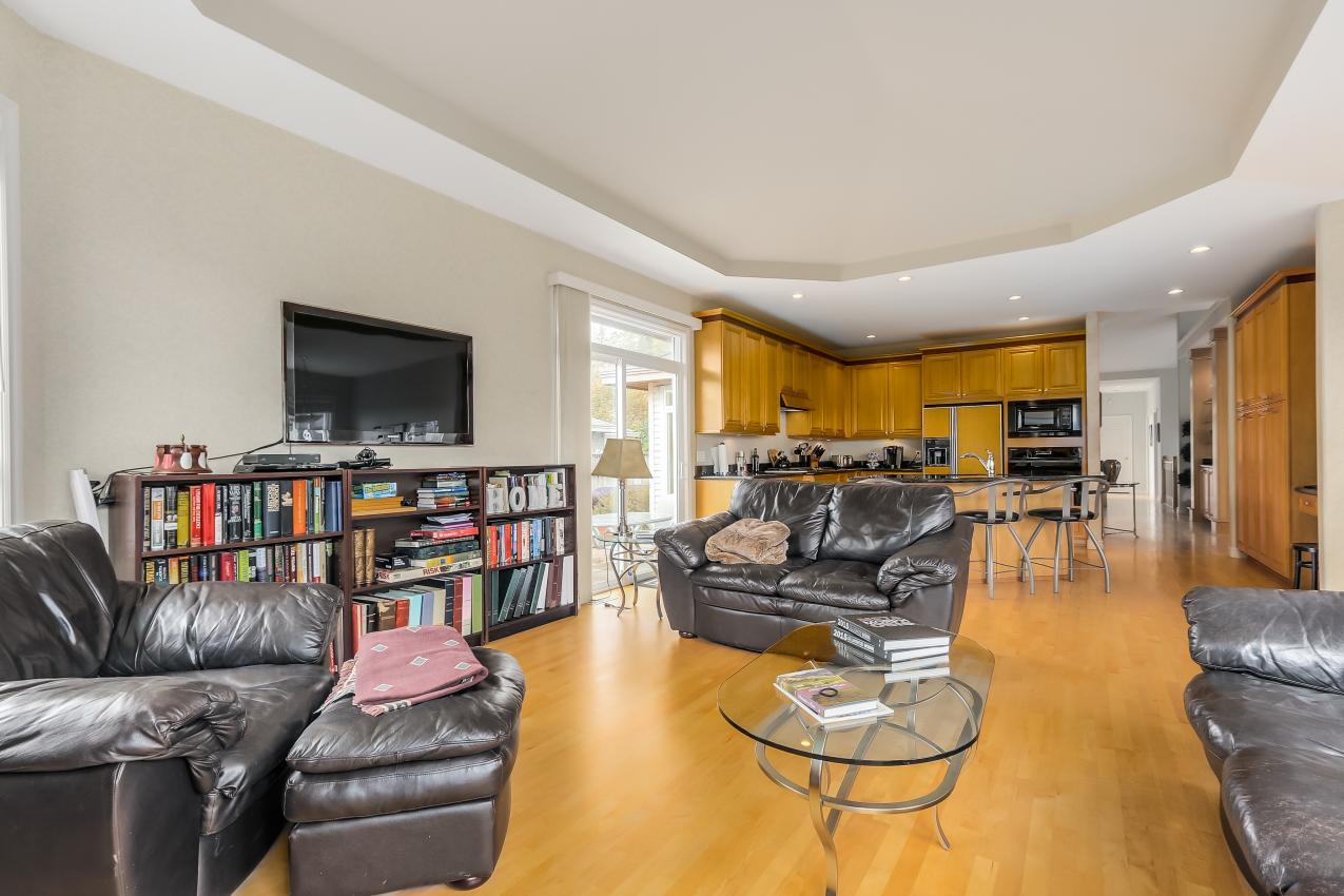 Family Room at 4759 Headland Drive, Caulfeild, West Vancouver