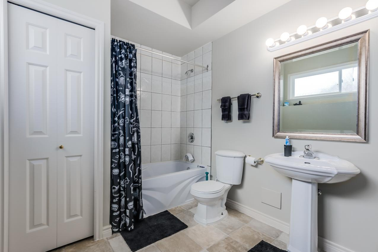 Washroom at 4759 Headland Drive, Caulfeild, West Vancouver