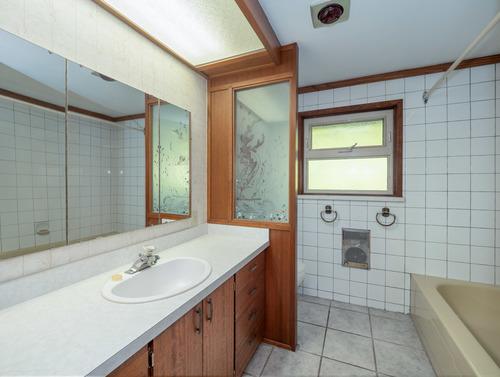 10-bathroom-pg9d7180-hdr-psedit-psedit-psedit at 4247 Francis Peninsula Road, Pender Harbour Egmont, Sunshine Coast