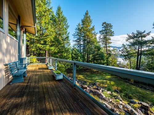 6-deck-to-view-pg9d7050-hdr at 4247 Francis Peninsula Road, Pender Harbour Egmont, Sunshine Coast