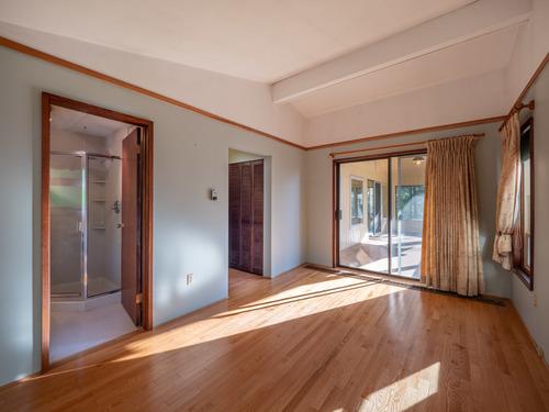 7-master-bedroom-pg9d7191-hdr at 4247 Francis Peninsula Road, Pender Harbour Egmont, Sunshine Coast