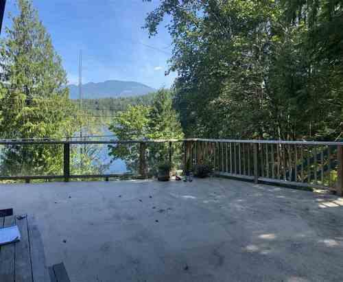 6020-north-lake-road-pender-harbour-egmont-sunshine-coast-03 at 6020 North Lake Road, Pender Harbour Egmont, Sunshine Coast