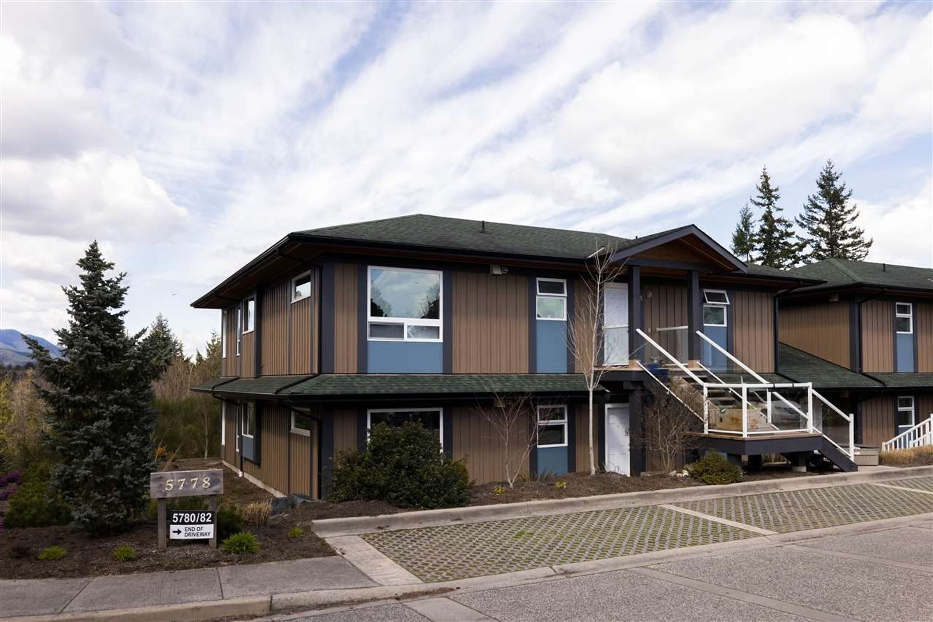 1 - 5778 Marine Way, Sechelt District, Sunshine Coast