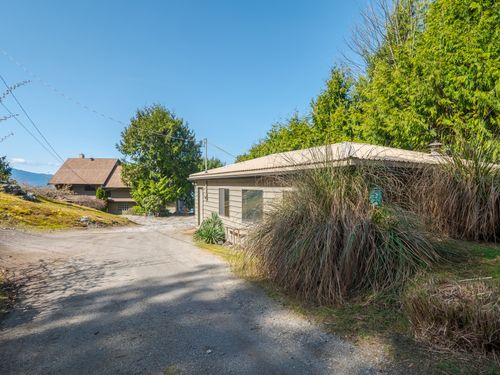 garage-to-house at 3941 Francis Peninsula Road, Pender Harbour Egmont, Sunshine Coast