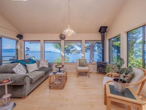 living-2 at 3941 Francis Peninsula Road, Pender Harbour Egmont, Sunshine Coast