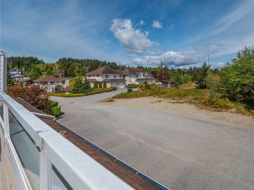 5610-trail-avenue-sechelt-district-sunshine-coast-22 at 30 - 5610 Trail Avenue, Sechelt District, Sunshine Coast
