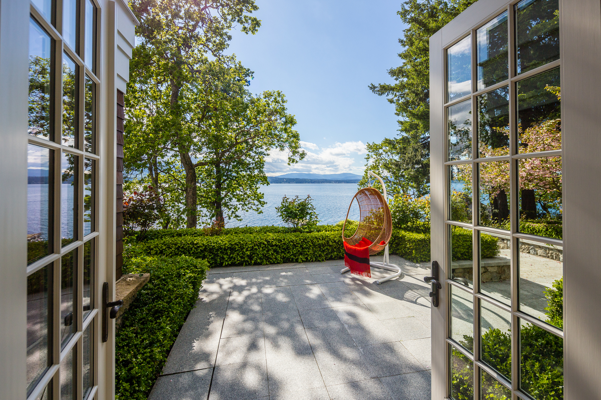 patio at 9344 Ardmore Drive, Ardmore, North Saanich
