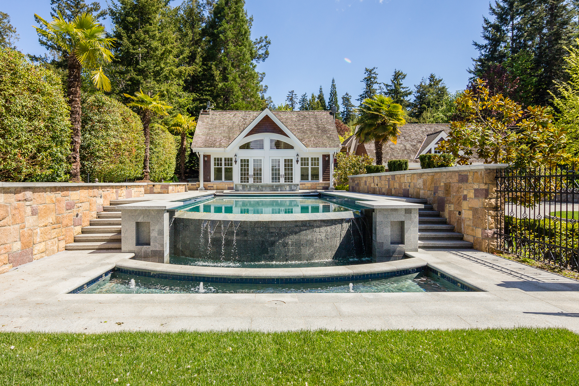 pool at 9344 Ardmore Drive, Ardmore, North Saanich