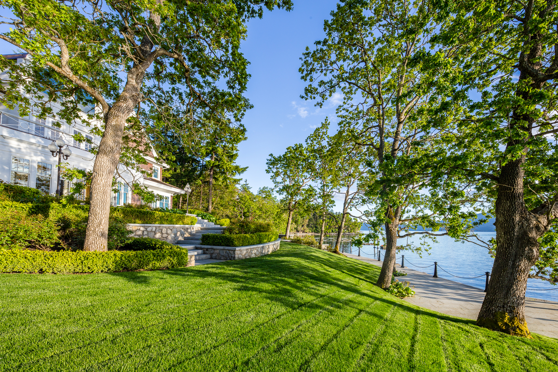 walkway2 at 9344 Ardmore Drive, Ardmore, North Saanich