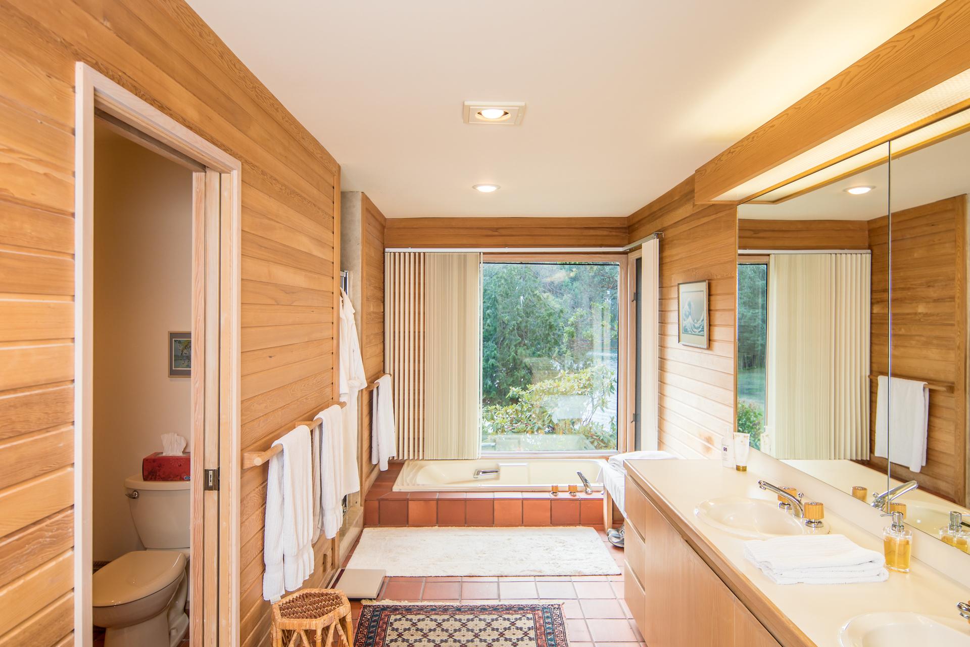 Master Bathroom at 1850 Lands End Road, Lands End, North Saanich