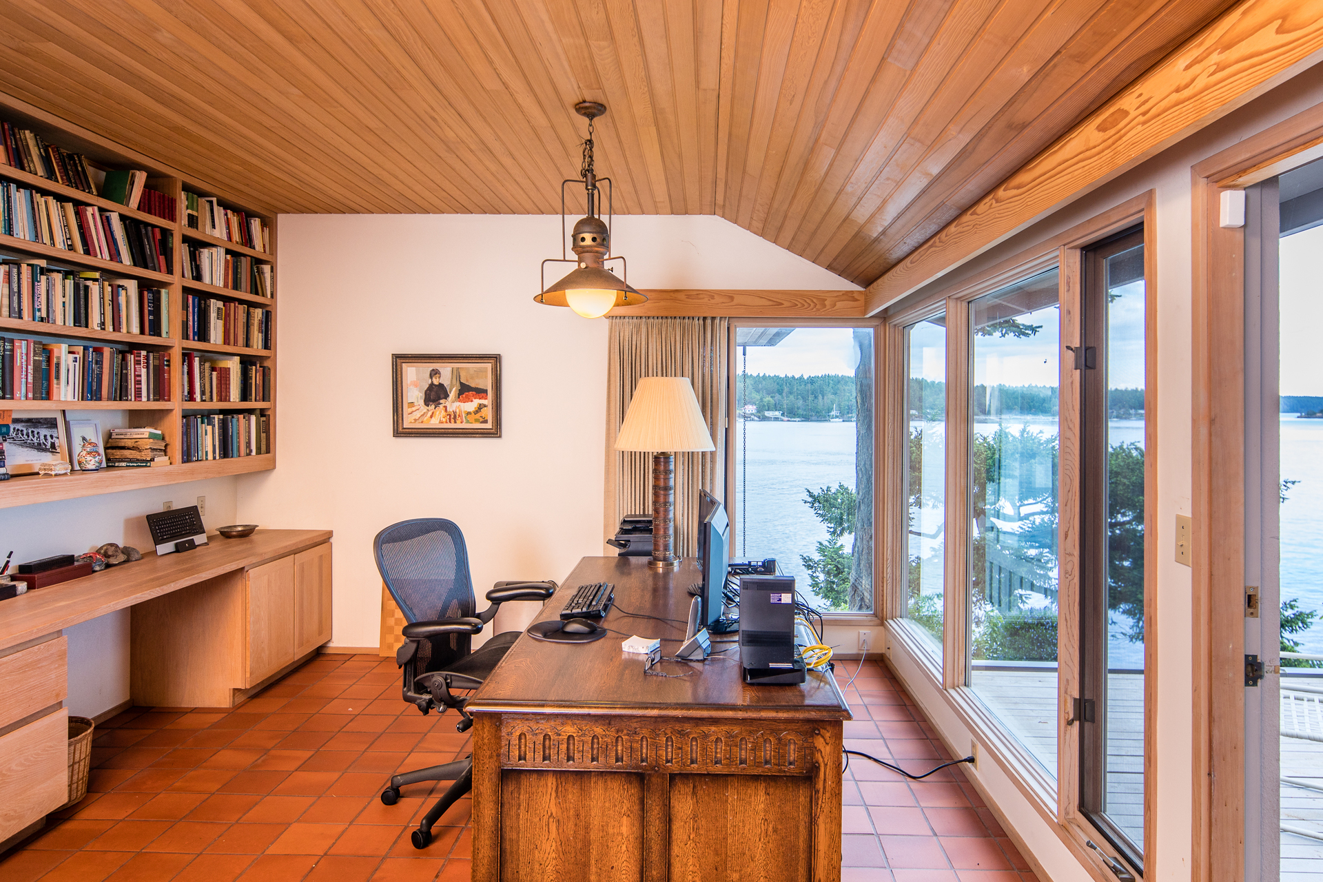 Office at 1850 Land's End Road, Lands End, North Saanich