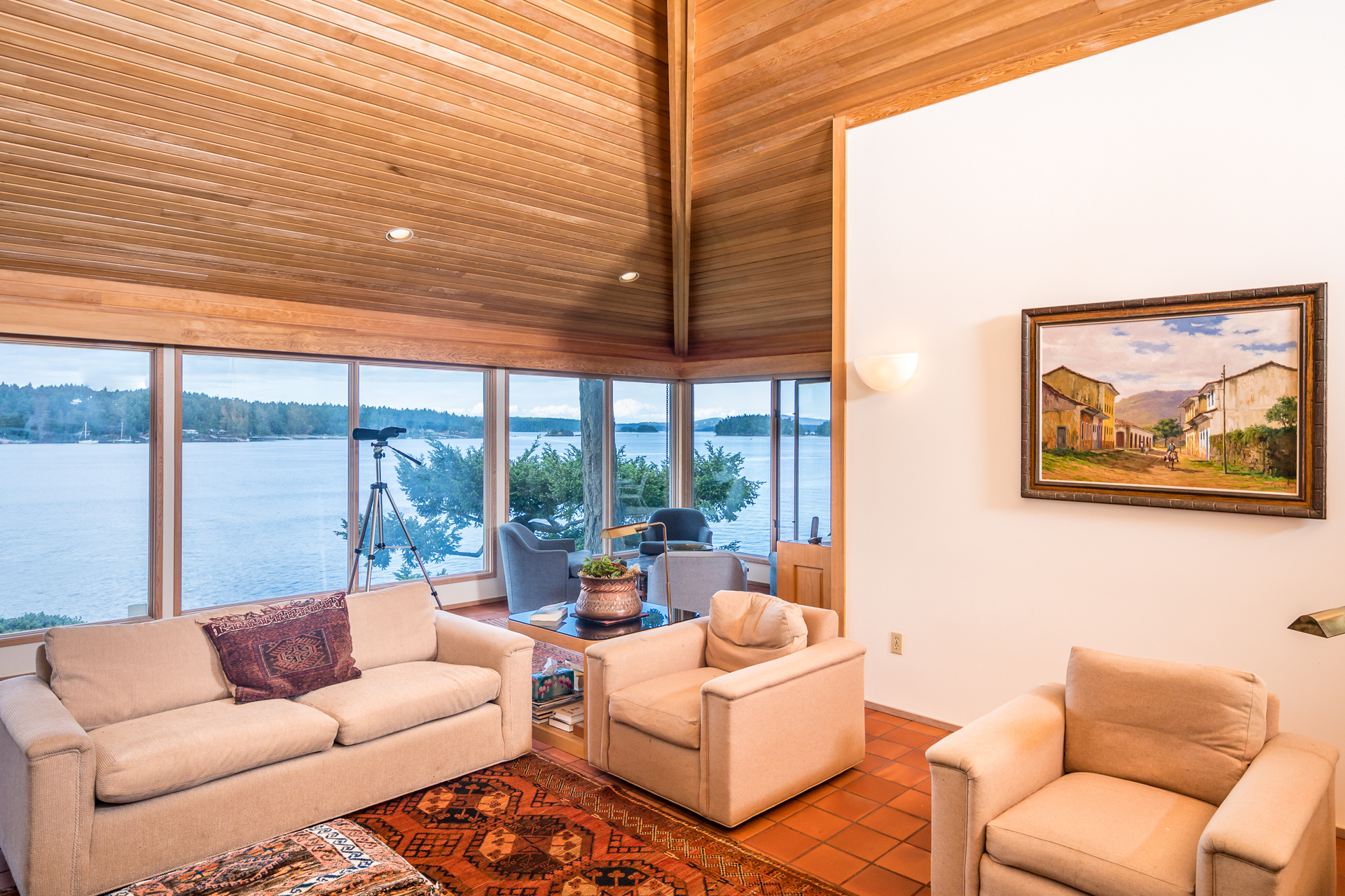 Vaulted Ceilings at 1850 Land's End Road, Lands End, North Saanich