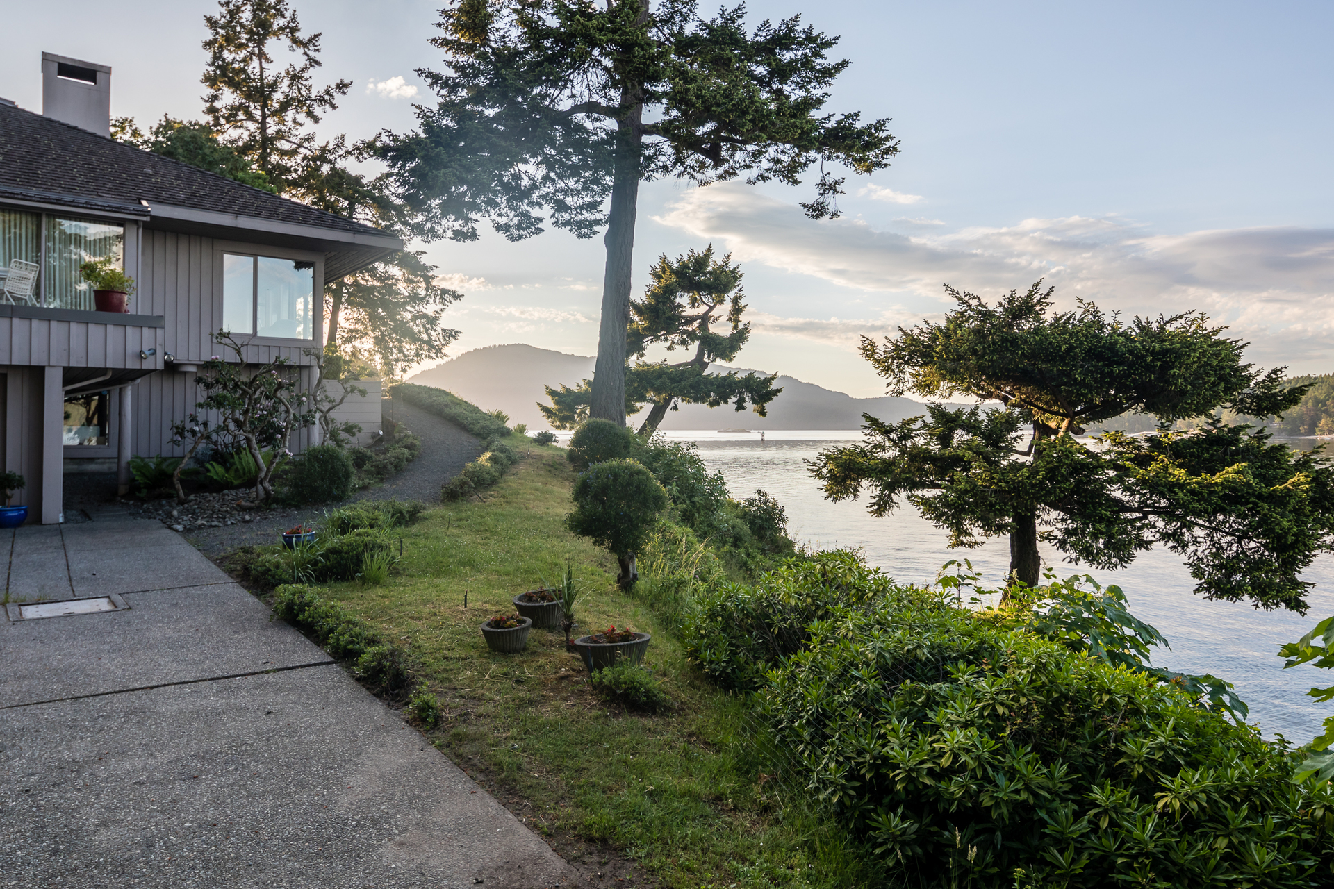 Waterfront Living at 1850 Land's End Road, Lands End, North Saanich