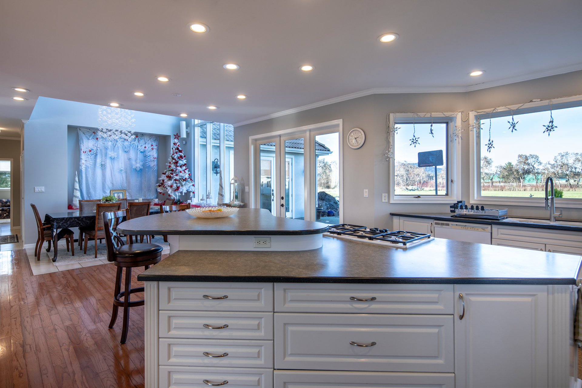 Kitchen at 1950 Highfield Road, Keating, Central Saanich