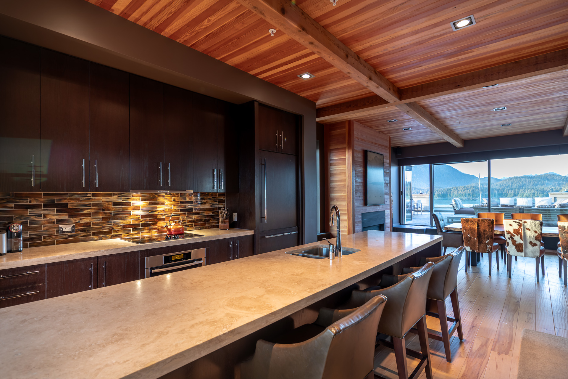 Kitchen & Bar at 401 - 368 Main Street, Tofino Tofino, Vancouver Island