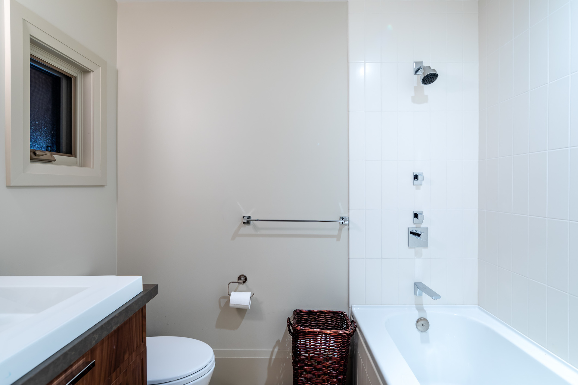 Main Residence Guest Ensuite 3 at 1277 & 1281 Lynn Road, Tofino, Vancouver Island