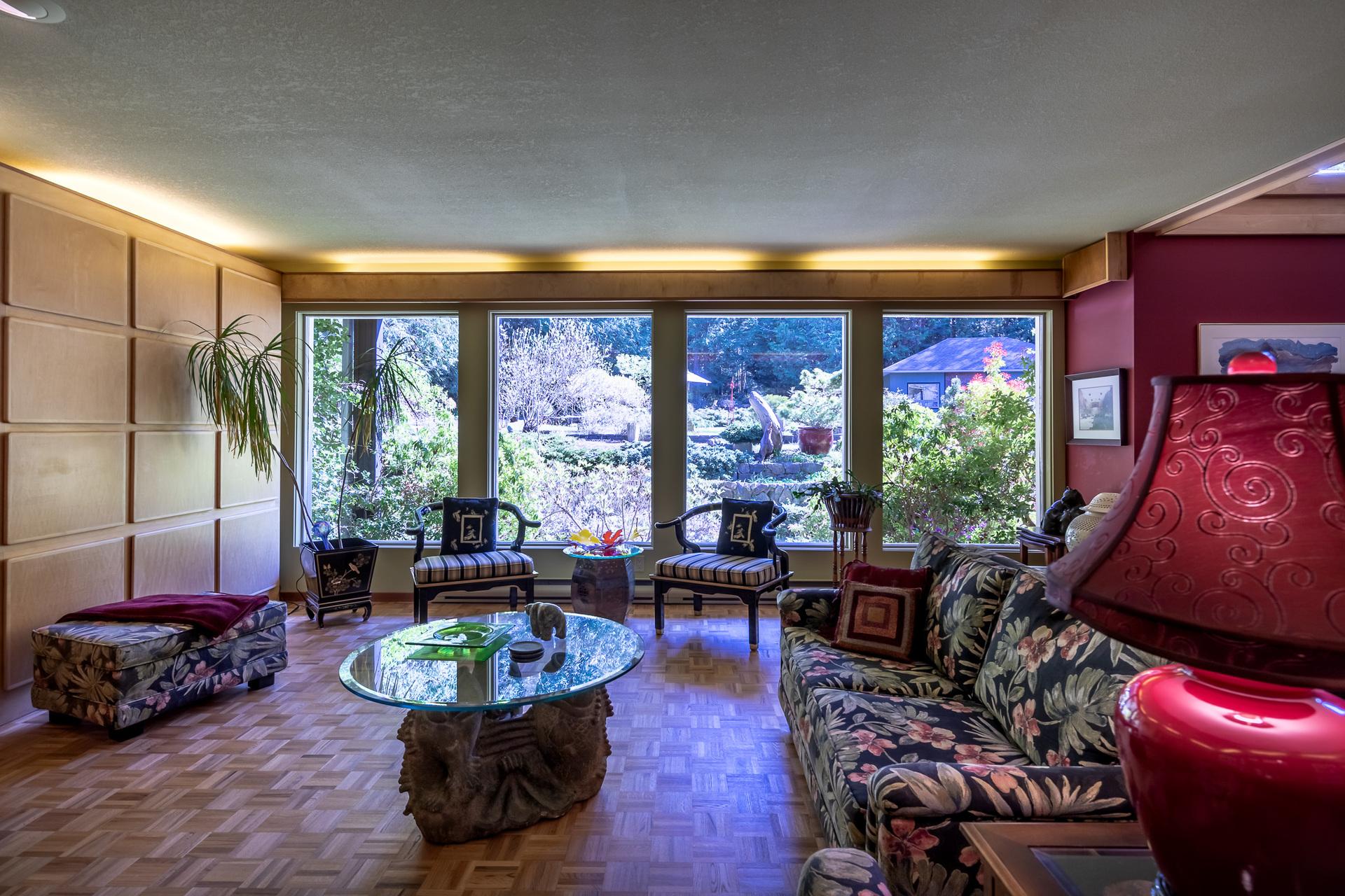 Main Groundfloor Living Room at 5101 Island Highway West, Qualicum Beach, Zone 05 - Parksville/Qualicum