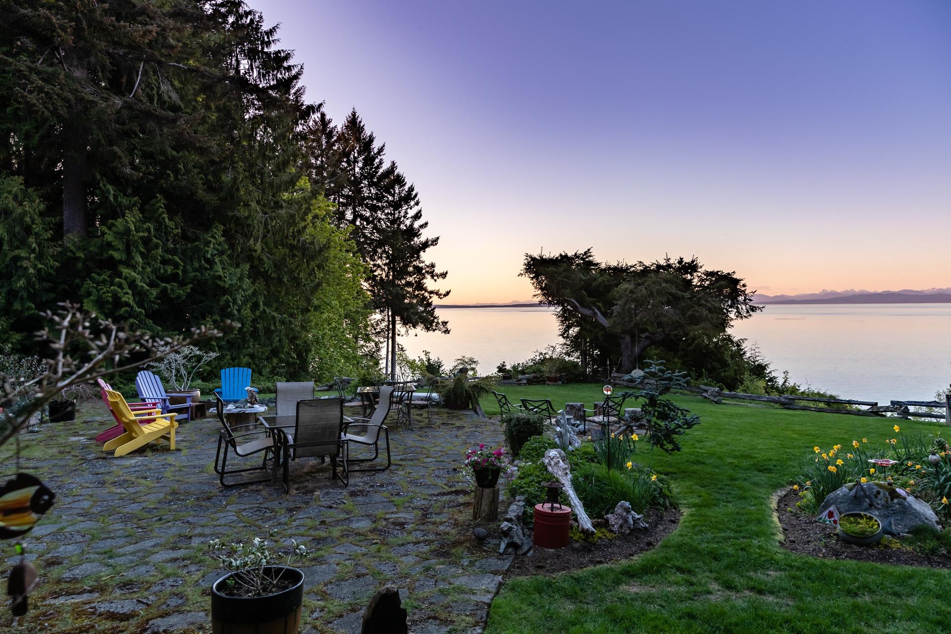 Westcoast Sunsets at 5101 Island Highway West, Qualicum Beach, Zone 05 - Parksville/Qualicum
