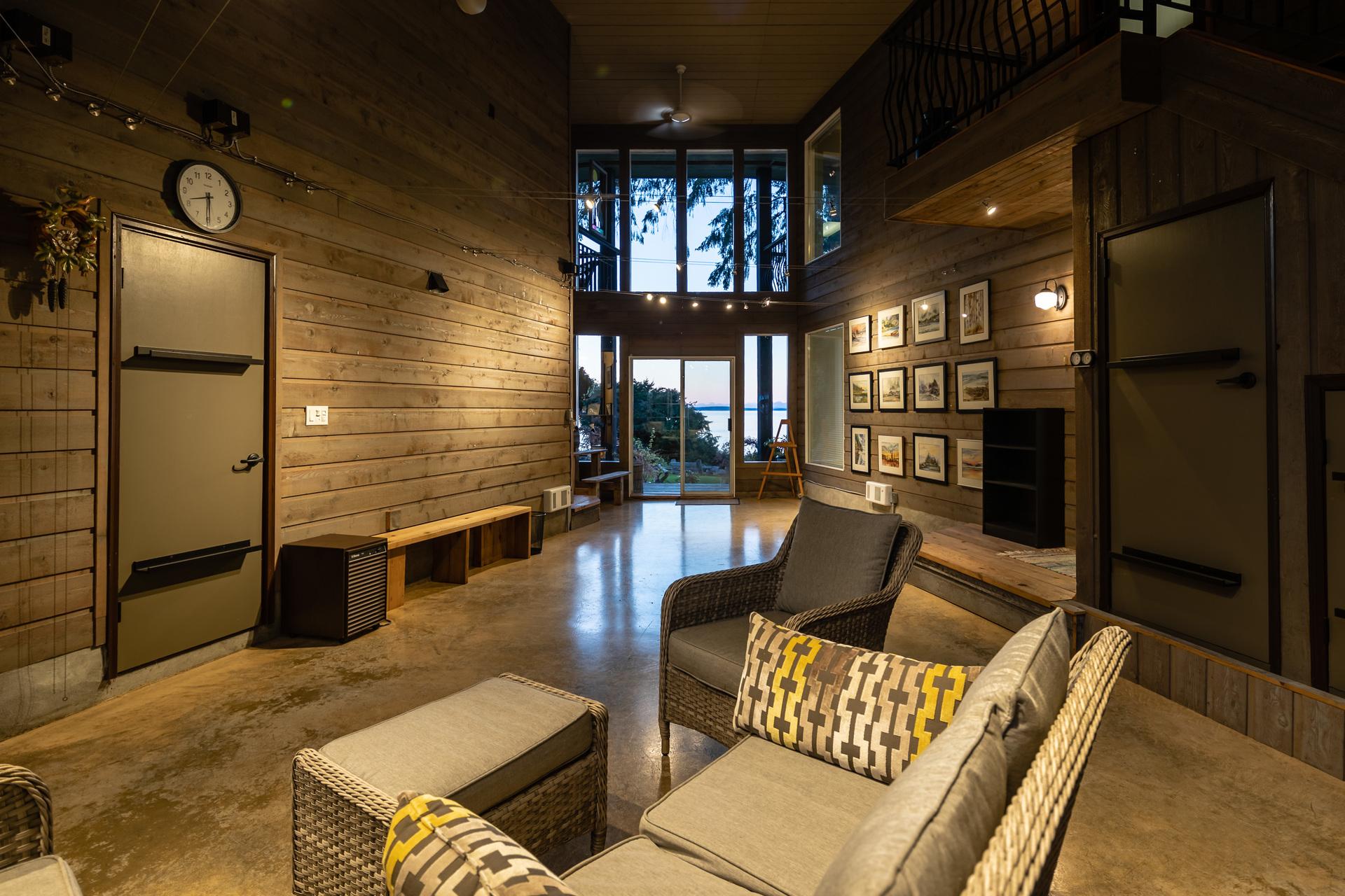 Atrium Seperating Main House And Guest Suites at 5101 Island Highway West, Qualicum Beach, Zone 05 - Parksville/Qualicum