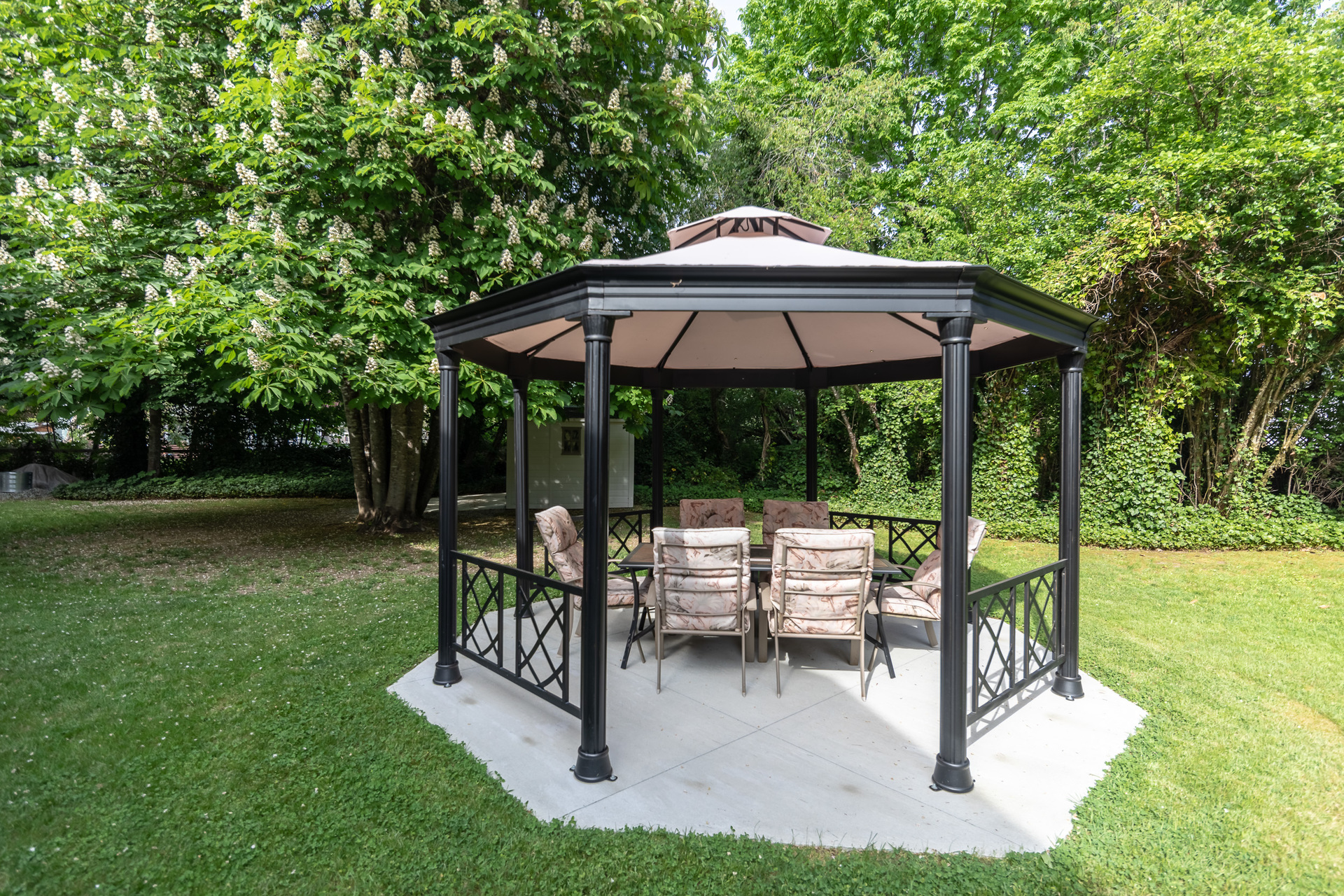 Gazebo at 5895 River Road, Port Alberni, Vancouver Island