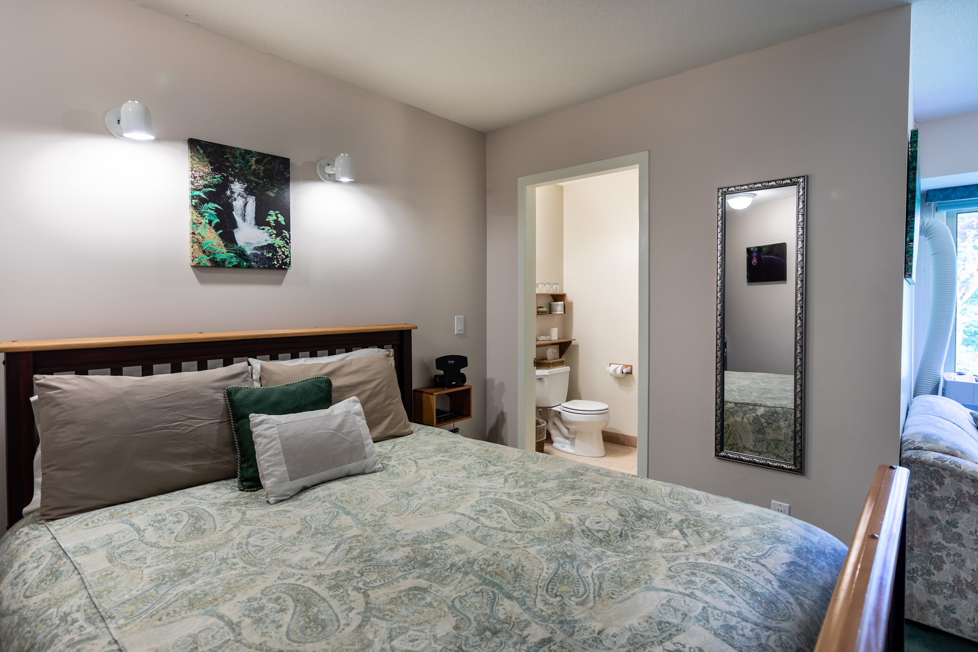 Suite 2 at 5895 River Road, Port Alberni, Vancouver Island