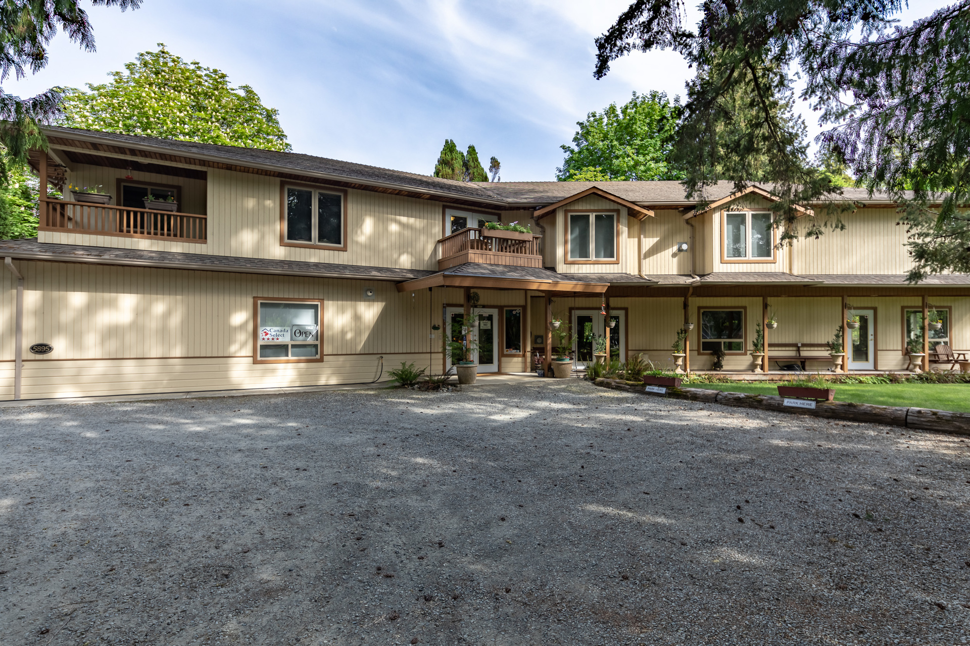 Room For Vehicles at 5895 River Road, Port Alberni, Vancouver Island