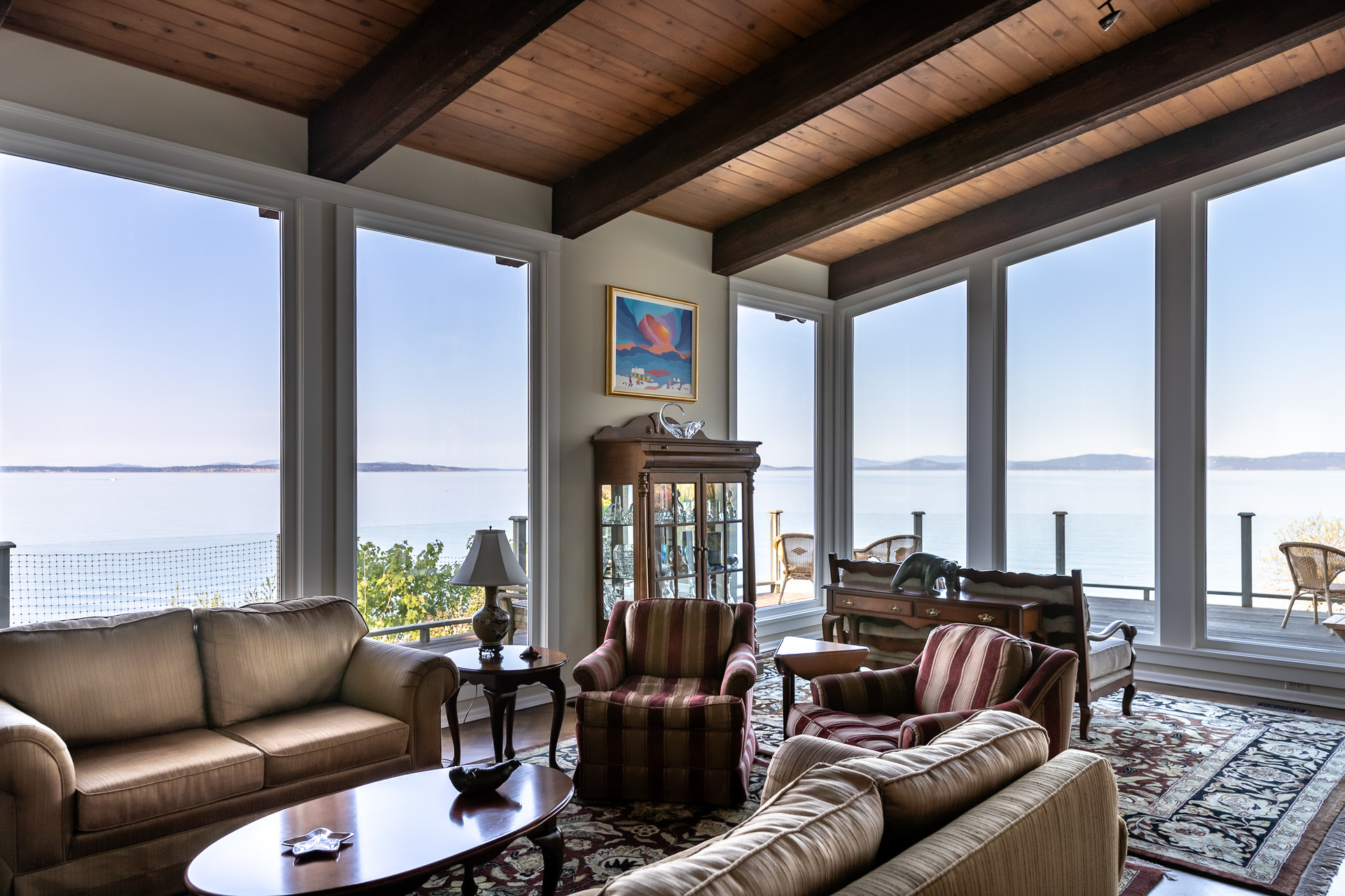 Vaulted Celings at 4855 Major Road, Cordova Bay, Saanich East