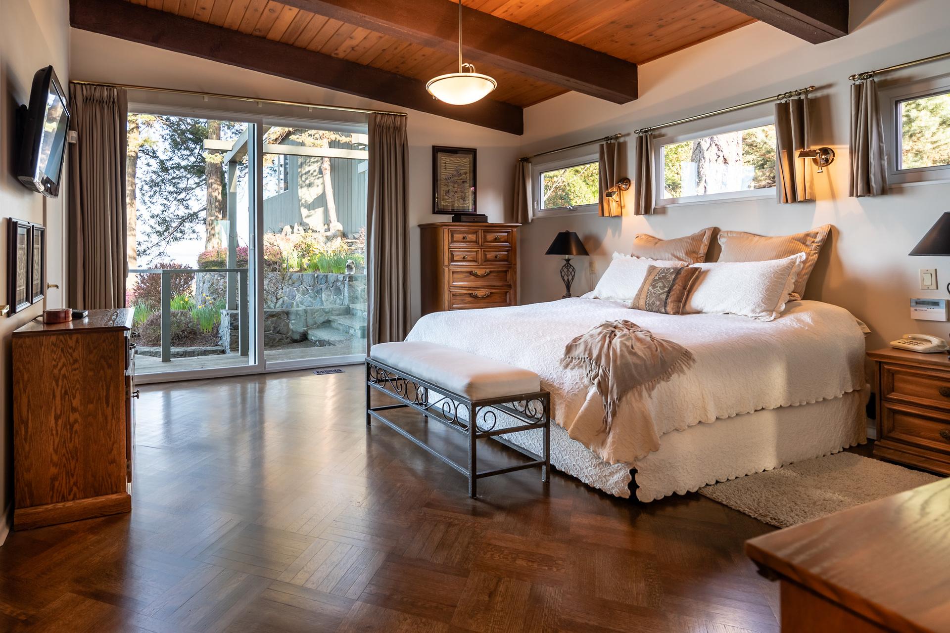 Walkout Master Bedroom at 4855 Major Road, Cordova Bay, Saanich East
