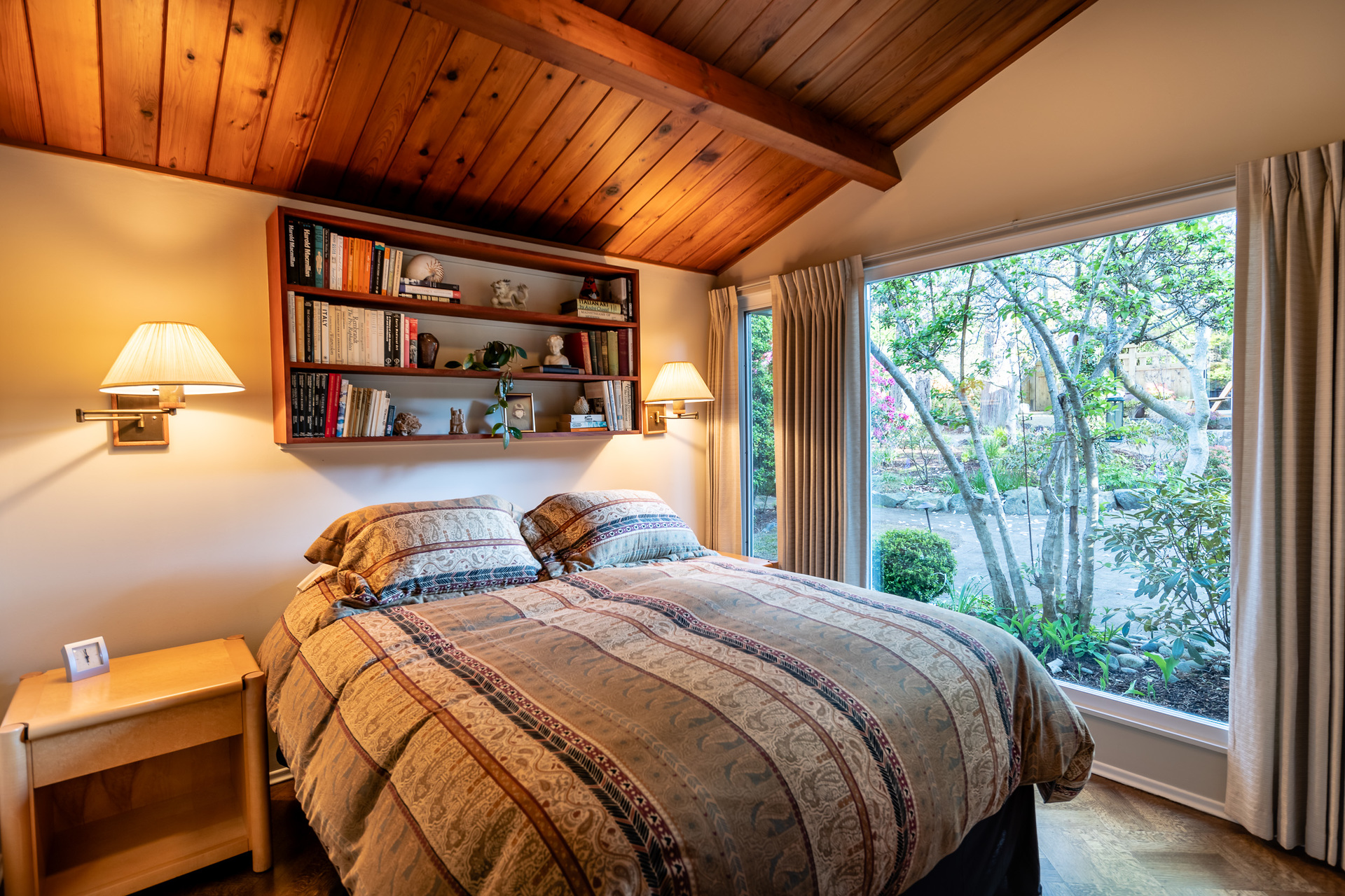 Main House Guest Bedroom at 4855 Major Road, Cordova Bay, Saanich East