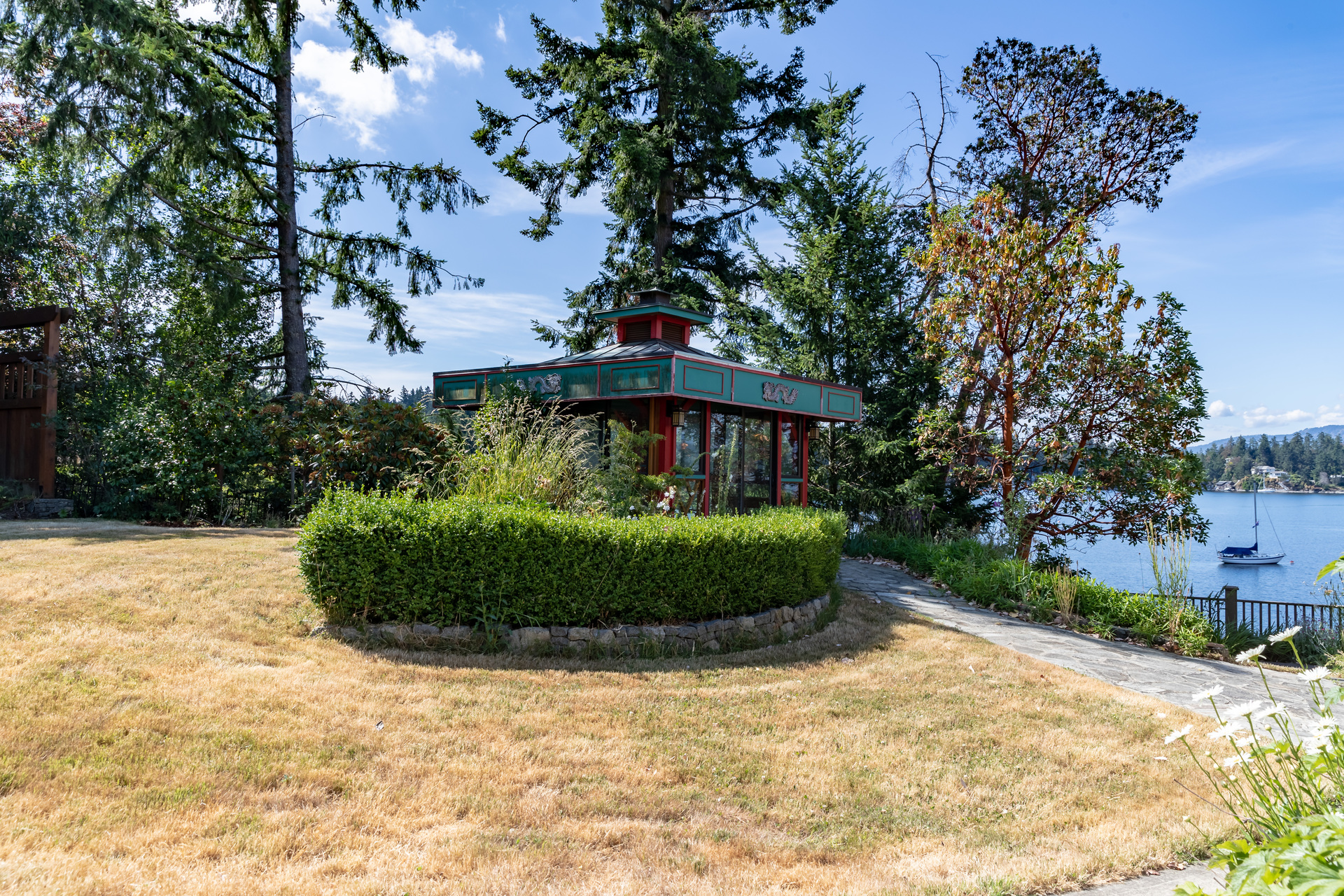 at B - 11326 Chalet Road, Deep Cove, North Saanich