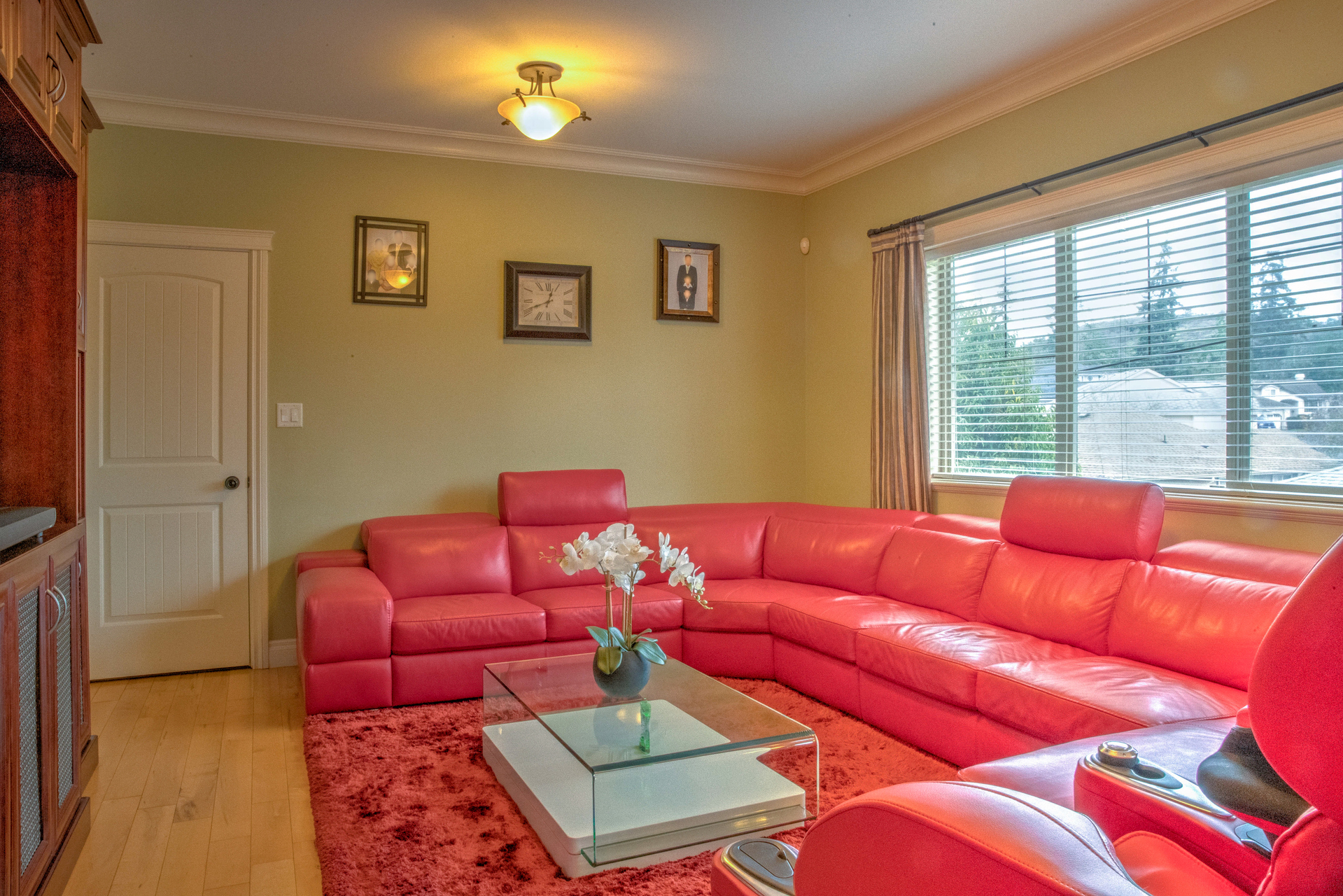 Family Room Adjacent The Kitchen at 2741 Cornerstone Terrace, Mill Hill, Langford