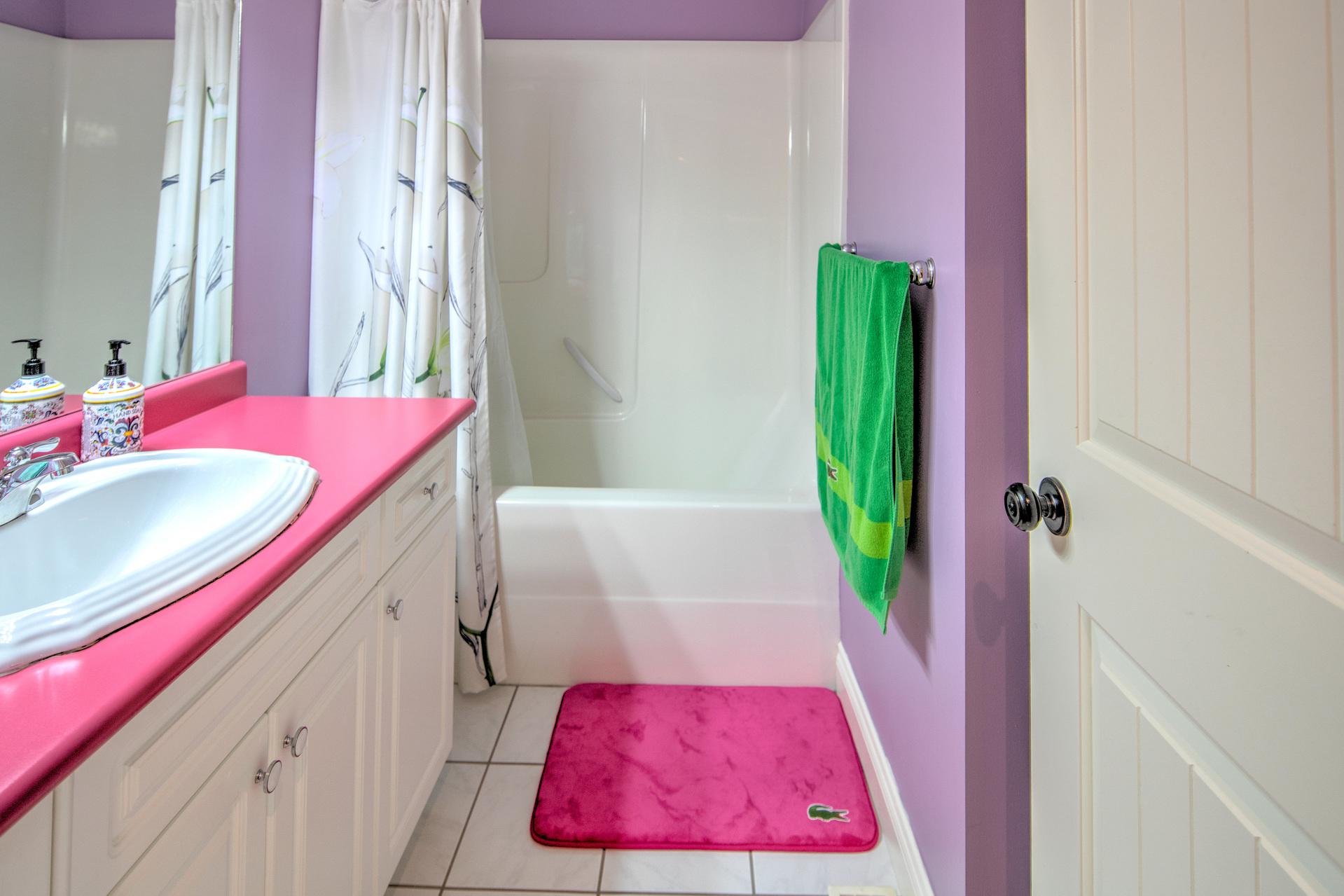 Basement Bathroom at 2741 Cornerstone Terrace, Mill Hill, Langford