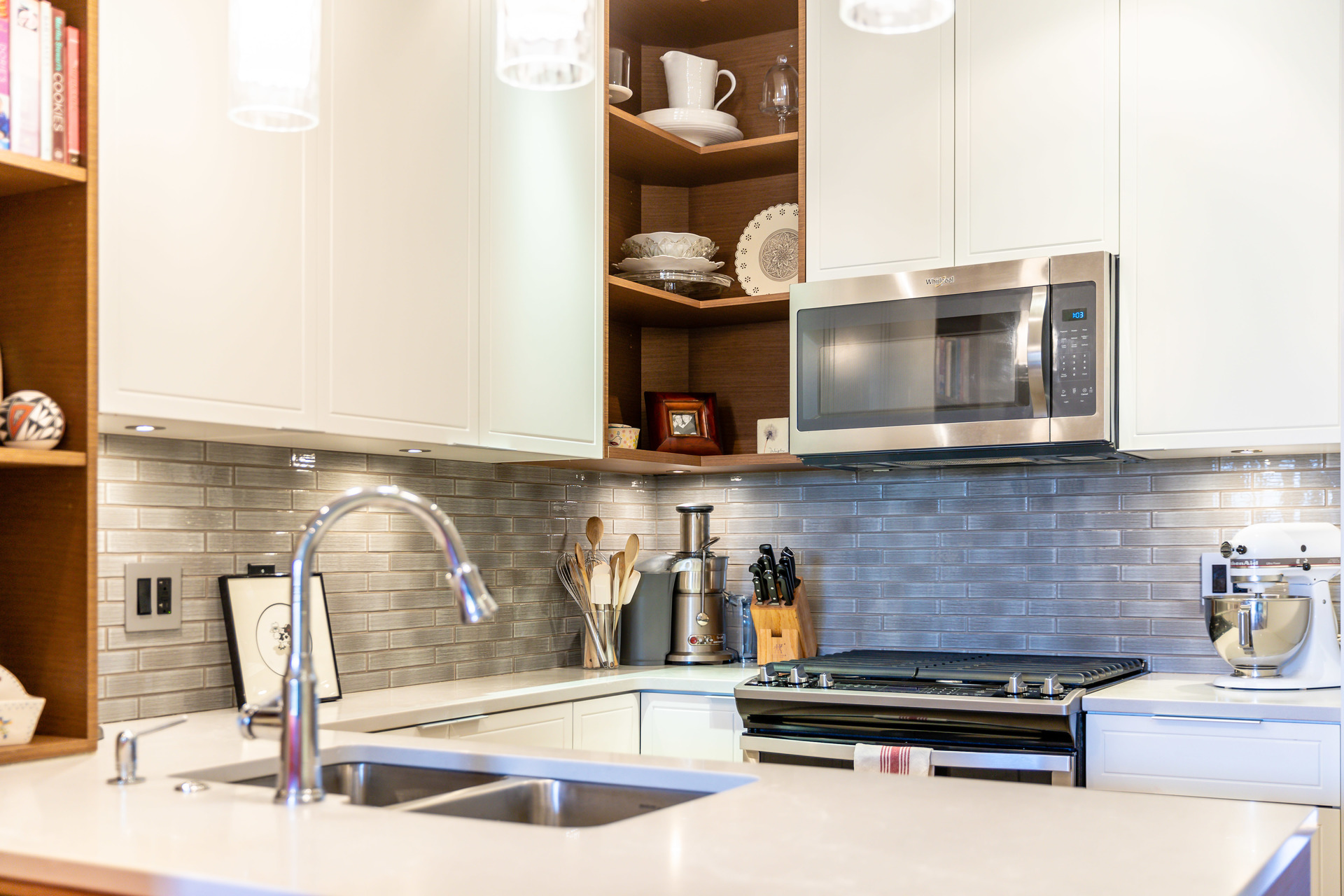 at 306 - 1765 Oak Bay Avenue, Rockland, Victoria