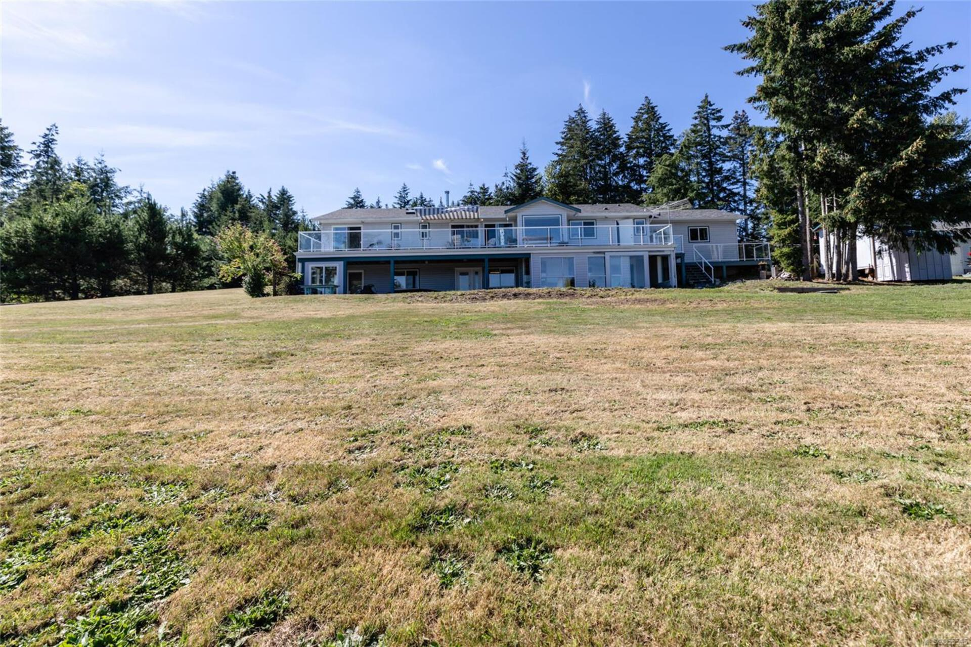 400-holiday-road-union-bayfanny-bay-comox-valley-29 at 400 Holiday Road, Comox Valley