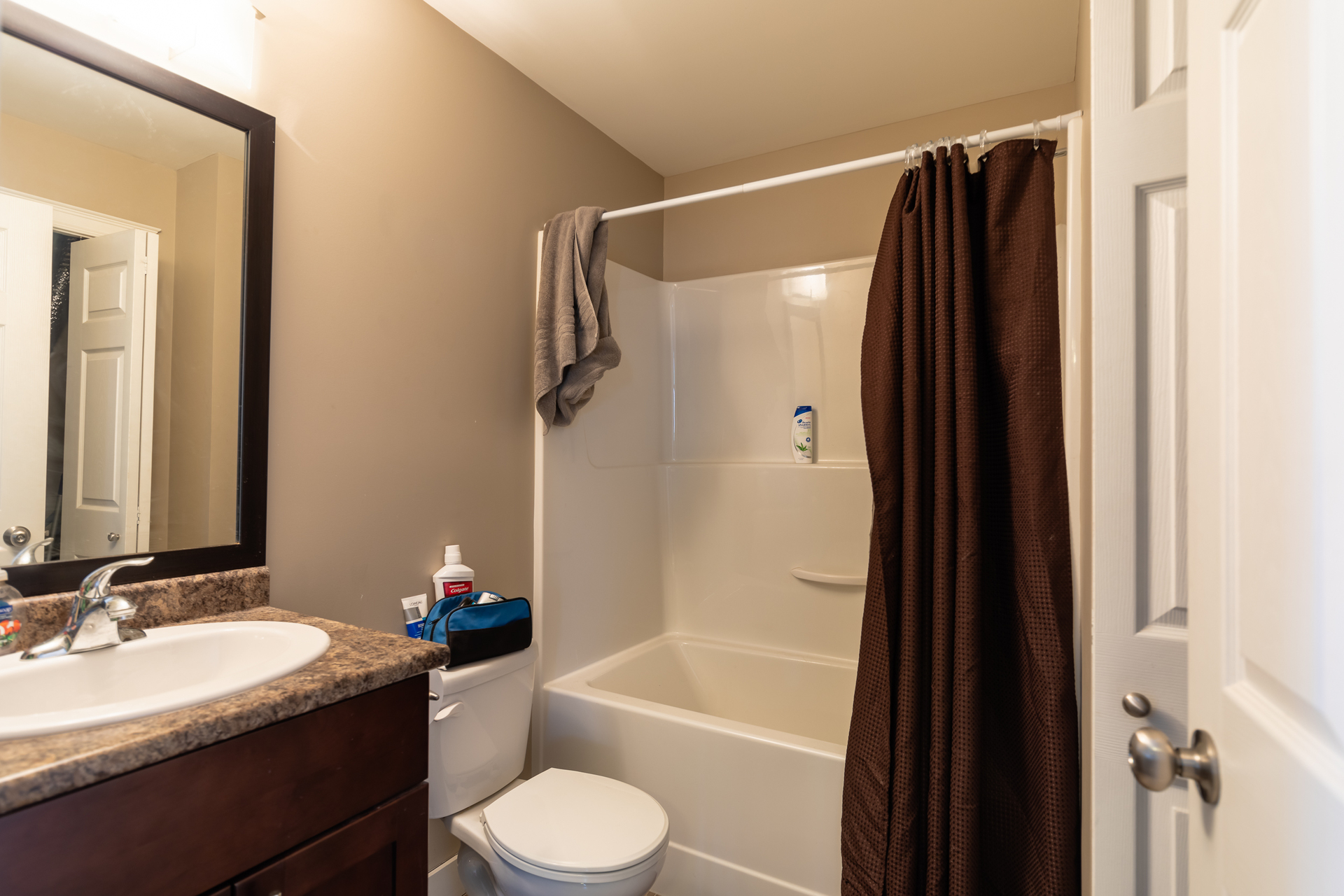 Suite Bathroom at 3288 Merlin Road, Langford Langford, Vancouver Island