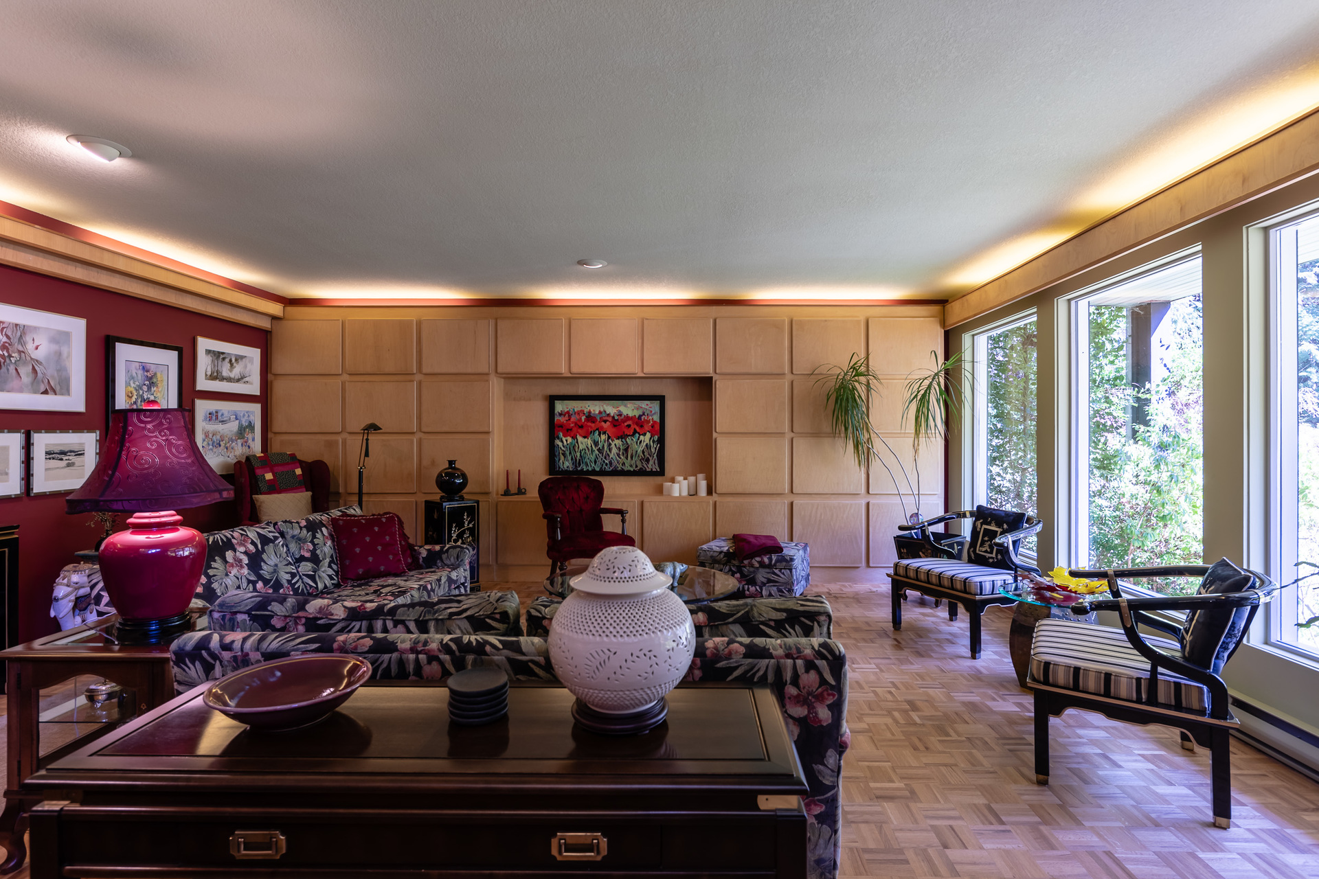 Main Groundfloor Living Room at 5101 Island Highway West, Qualicum North, Oceanside