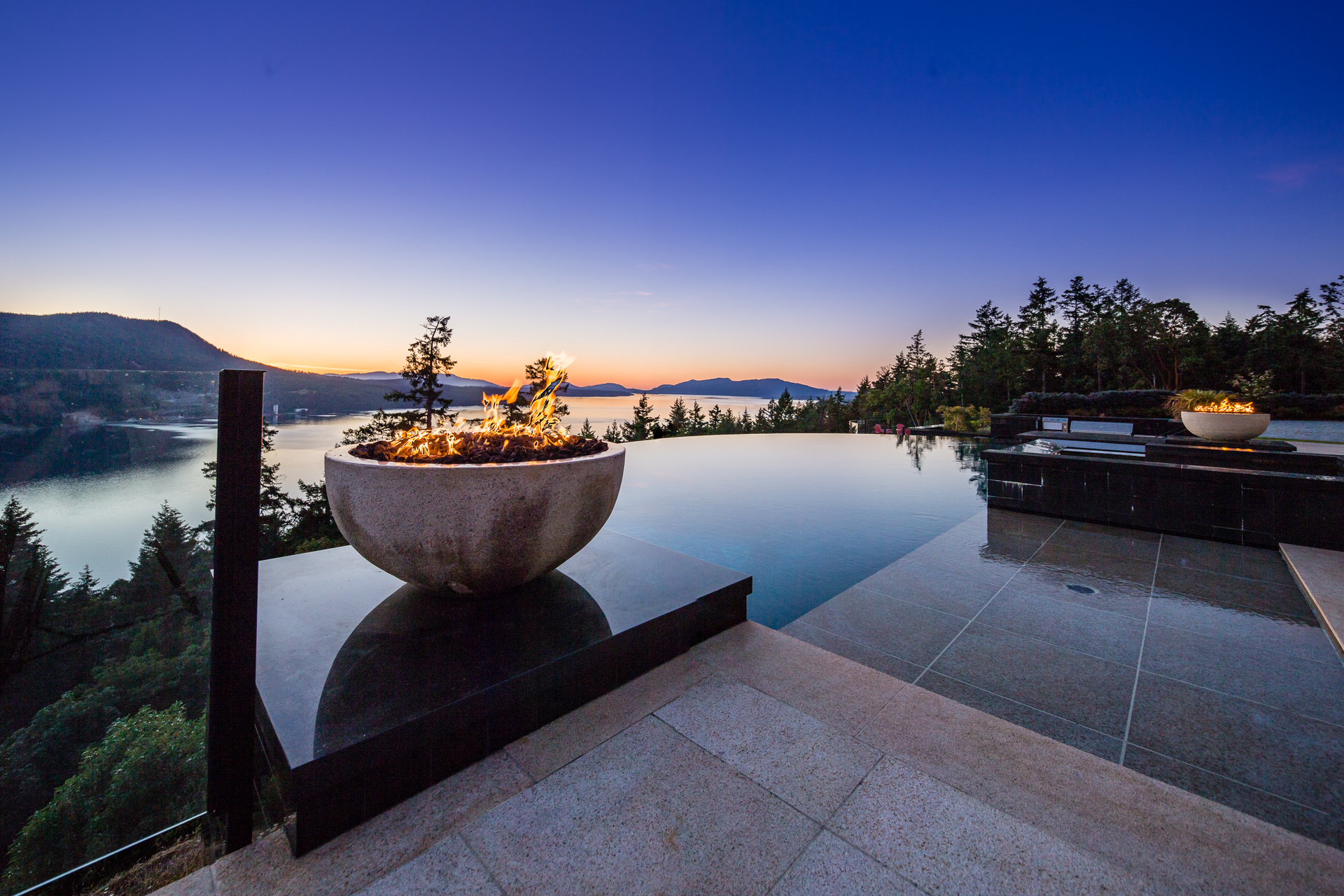Stunning Infinity Pool at 6720 Willis Road, Victoria Point,