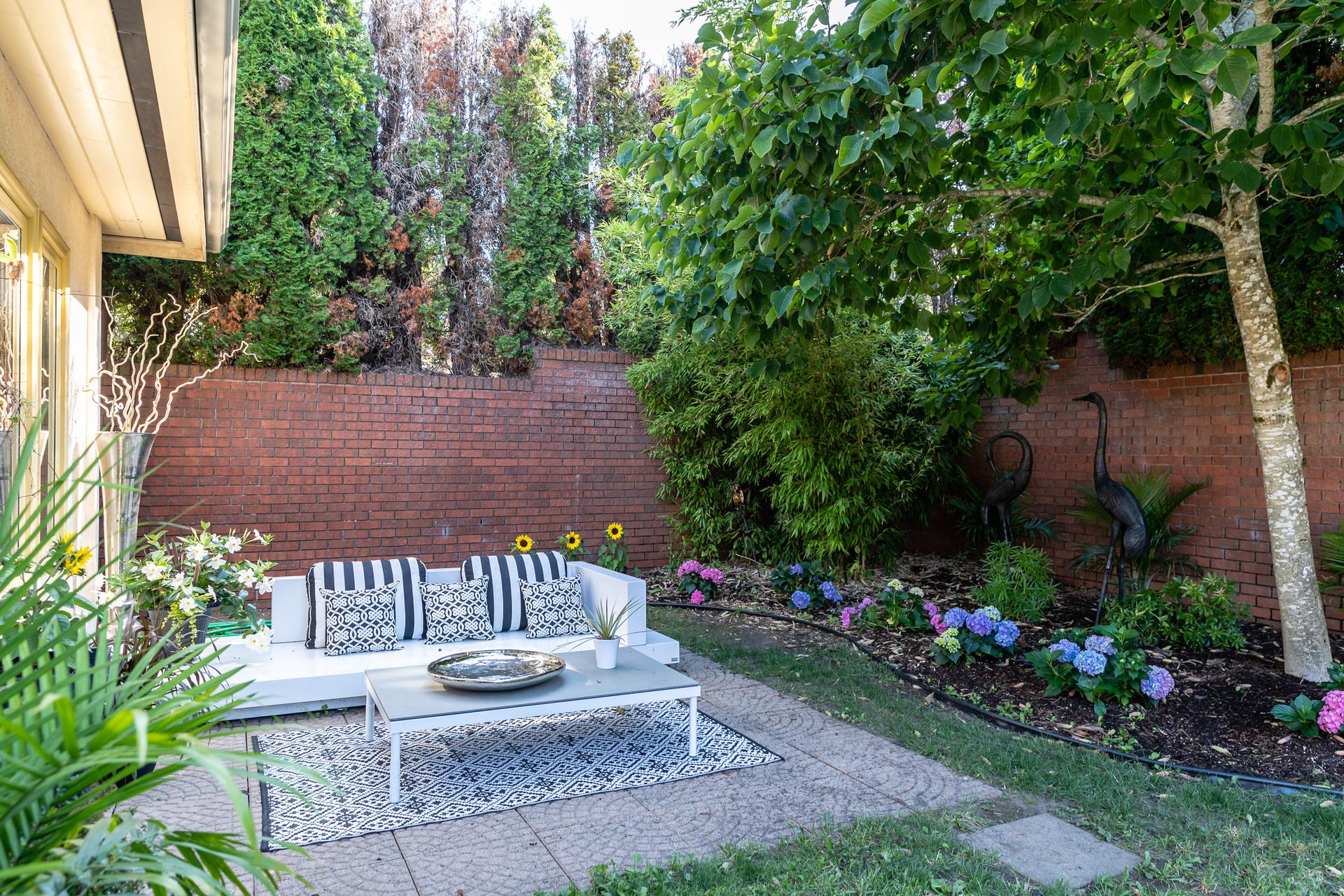 at 392 Crystalview Terrace, Victoria, Bc,