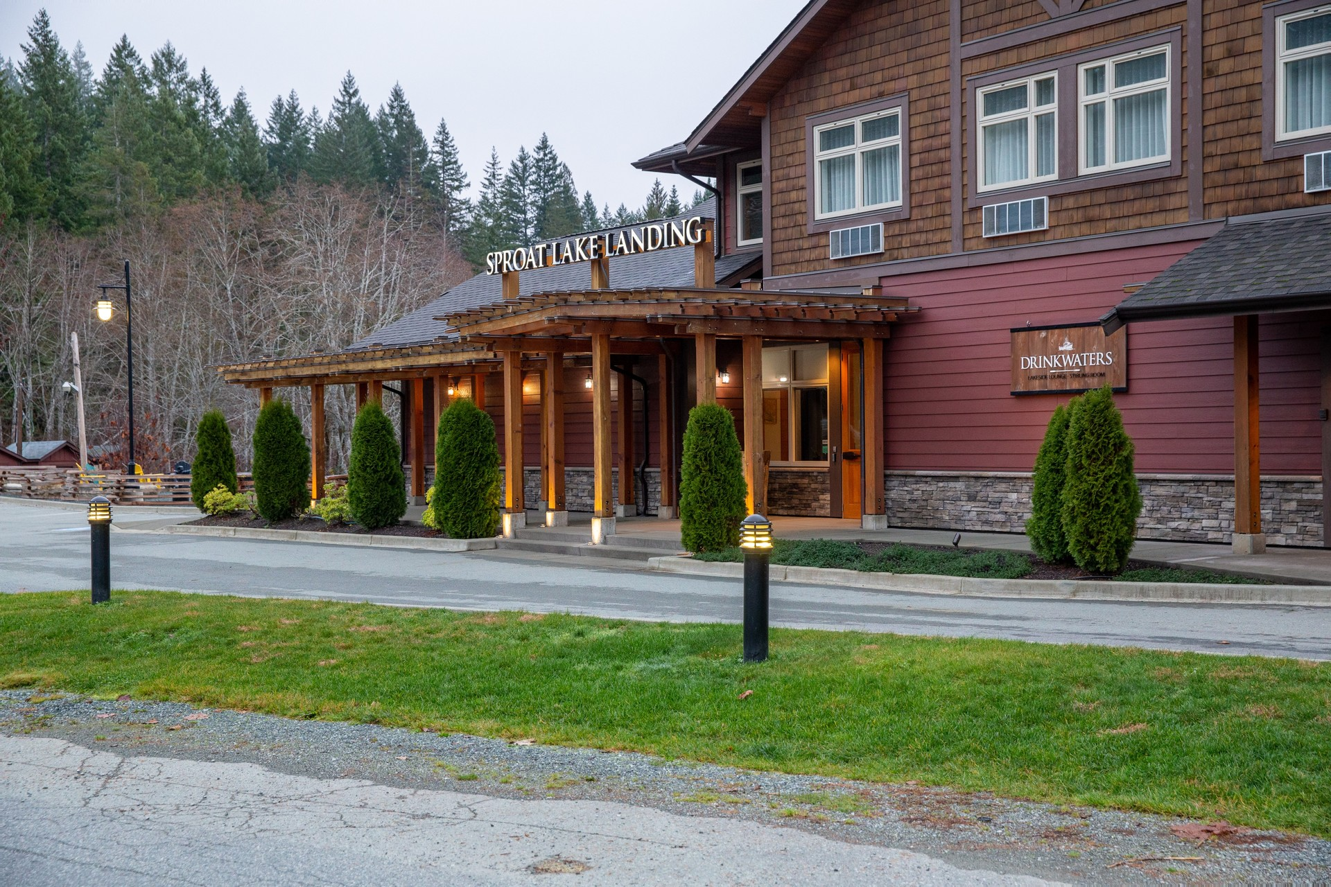 at 10737 Lakeshore Road, Sproat Lake, Port Alberni and West Coast