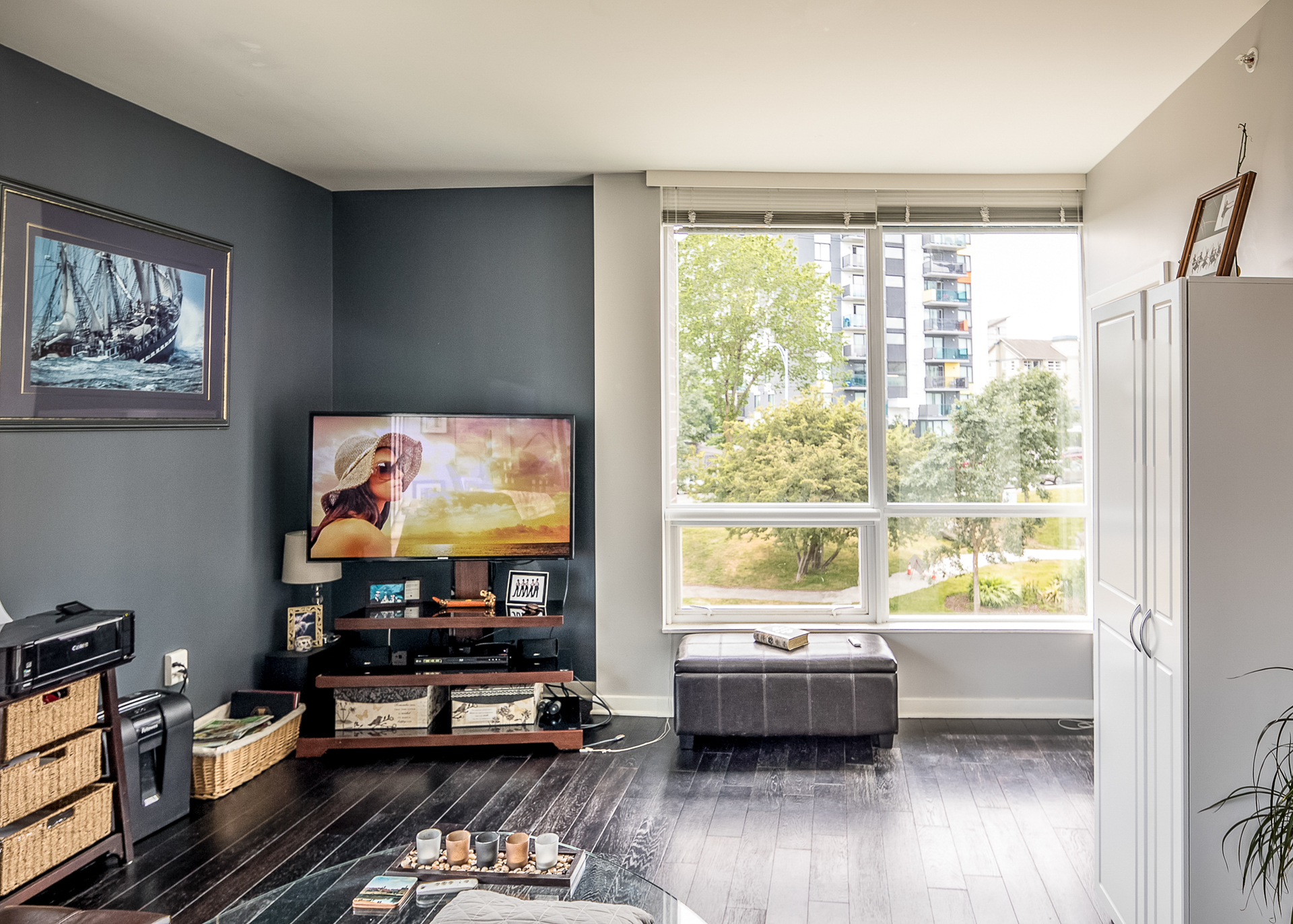 at 304 - 391 Tyee Road, Victoria, Bc Bc, Vancouver Island