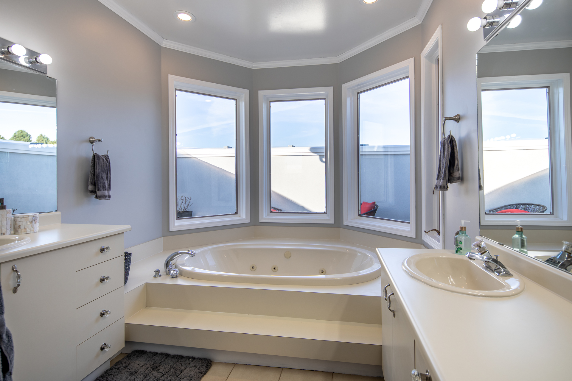 Master Bath at 1950 Highfield Road, Central Saanich, Victoria Bc Bc,