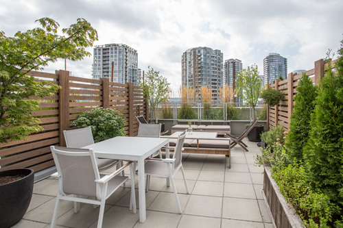 high-19 at 804 - 33 Pender Street West , Downtown VW, Vancouver West