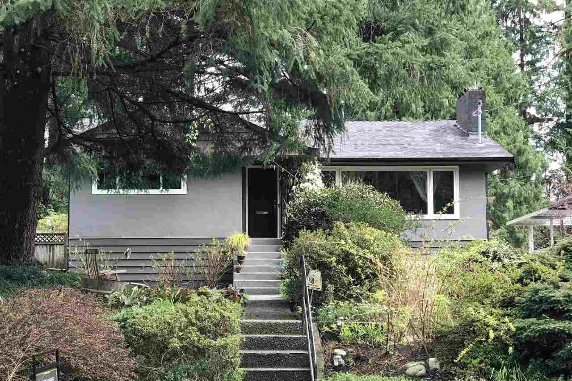 4560 Ramsay Road, Lynn Valley, North Vancouver