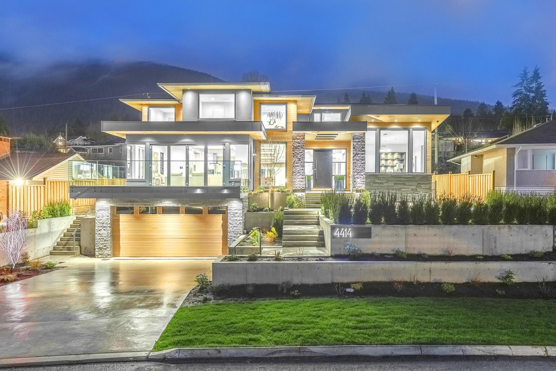 4414 Canterbury Crescent, Forest Hills NV, North Vancouver