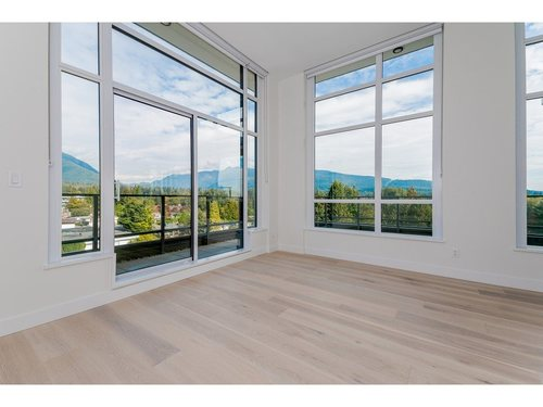 262371166-7 at 504 - 1295 Conifer Street, Lynn Valley, North Vancouver
